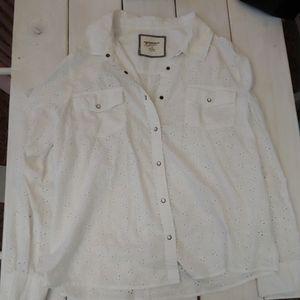 Pearl Snap. White Eyelet Long Sleeve Cowgirl Shirt